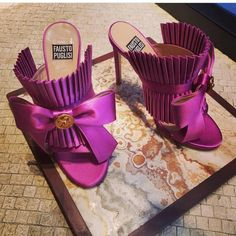 Shoes By Fausto Puglisi - schuhe interessant - Fab Shoes, Dream Shoes, Pretty Shoes, Beautiful Shoes, Cute Shoes, Me Too Shoes, Pink Shoes, Shoe Boots, Shoes Sandals