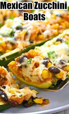 Vegetarian Recipes Videos, Mexican Food Recipes, Cooking Recipes, Healthy Recipes, Vegetarian Dishes Healthy, Vegetarian Christmas Recipes, Mexican Desserts, Cooking Tips, Zucchini Boat Recipes