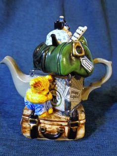 Paul Cardew Design Teapot Traveler's Return Signed Numbered Teapots And Cups, Teacups, Teapots Unique, Tea For One, Chinese Tea, Tea Blends, Chocolate Pots, Iced Tea, High Tea