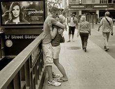 Street Photographer Spends 30 Years Capturing Kissing Couples of New York City  why so cute?!