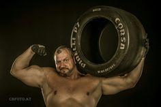 Martin Hoi #kraftsport #kraftsportschmiede #hoilympics Gym Equipment, Formula 1, Athlete, Action, Workout Equipment