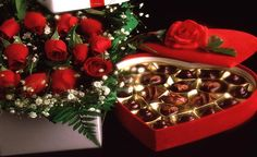 Choose an enchanting valentine's day presents and make your day very special