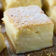 Vanilla Magic Custard Cake is melt-in-your-mouth soft and creamy dessert. It's like hocus pocus! when you put one simple and easy cake batter to bake, then the magic happens! simple gift Vanilla Magic Custard Cake - one batter 3 layers No Bake Desserts, Easy Desserts, Delicious Desserts, Vanilla Desserts, Custard Desserts, Simple Dessert Recipes, Custard Recipes, Sour Cream Desserts, Vanilla Recipes