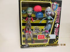 MONSTER HIGH Dolls Ghoulia Yelps & Abbey Bominable Skultimate Roller Maze 2 Pack #Mattel