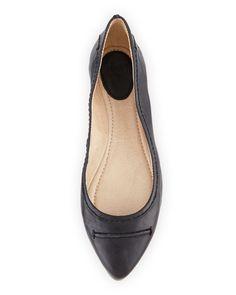 Frye - Olive Seamed Leather Ballet Flat Celebrity Shoes, Shoe Sites, Frye Shoes, Leather Ballet Flats, Celebrities, Fashion, Moda, Celebs, Fashion Styles