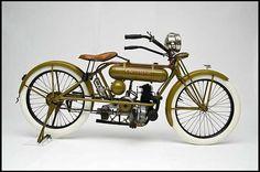 1919 Cleveland Single 221cc Motorcycle. Cleveland Motorcycle Manufacturing Company (1915-1929). Cleveland, Ohio.