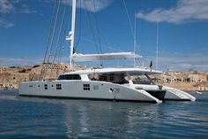 Catamaran Gentleman's Essentials Catamaran Design, Catamaran Charter, Sailing Catamaran, Yacht Boat, Best Yachts, Luxury Yachts, Speed Boats, Power Boats, Cool Boats