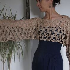Crochet Bolero, Pull Crochet, Knit Shrug, Crochet Crop Top, Crochet Poncho, Crochet Pattern, Finger Crochet, Ladies Poncho, Lace Tunic