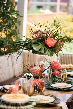 A retro-glam Palm Springs bachelorette party? Palm Wedding, Beach Wedding Flowers, Spring Wedding, Wedding Table, Hibiscus Wedding, Jamaica Wedding, Wedding Themes, Wedding Decorations, Wedding Signs