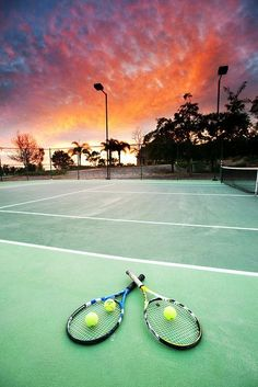 Such a beautiful sunset while playing tennis! More tennis shots at #lorisgolfshoppe