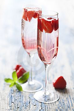 Champagne and Strawberry Cocktail: Strawberries, vanilla sugar, balsamic vinegar, and champagne. Perfect for a party; just let the strawberries sit with some vanilla sugar for a few minutes then mash up the strawberries with a splash of vinegar. Strain through a sieve and fill a champagne glass part way then top with champagne, mix and it's ready.