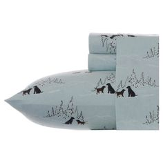 Add a cozy touch to your bed with this cotton flannel sheet set, featuring a delightful dog motif.  Product: Twin: 1 Fla...