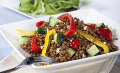 Epicure's Mediterranean Lentil Salad (gluten-free) Easy Dinners For One, Easy Healthy Dinners, Healthy Salad Recipes, Healthy Soup, Healthy Snacks, Healthy Eating, Sin Gluten, Gluten Free, Epicure Recipes