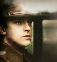 Oh Matthew | More Downton Abbey photos here:  http://mylusciouslife.com/historical-style-downton-abbey-photos/