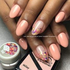 "Determine more information on ""gel nail designs for fall"". Browse through our web site. Gel Nail Art, Nail Polish, Bio Sculpture Gel Nails, Sculptured Nails, Orange Nails, Fall Nail Designs, Beauty Hacks, Beauty Tips, Mani Pedi"