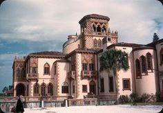 ringling mansion sarasota -side