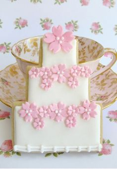 Simple and elegant https://cookiecutter.com/three-layer-cake-cookie-cutter-B1647.htm