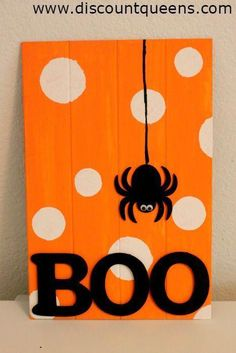 this Halloween decor tutorial that you can adjust to your own taste with the colors and design.Try this Halloween decor tutorial that you can adjust to your own taste with the colors and design. Halloween Wood Crafts, Halloween Painting, Theme Halloween, Halloween Projects, Holidays Halloween, Fall Crafts, Holiday Crafts, Diy Halloween Cards, Halloween Pallet Signs