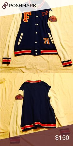 VTG WOMEN or MENS VTG college varsity jacket Status Quo 1971 championship varsity jacket NA ZARA ASOS TOP SHOP VINCE® for EXP PLZ SHARE AND MKE OFFERS!!! MENS XL. ALSO AVAILABLE IN OTHER SIZES& COLORS CAN BE UNISEX!! BNWT ATTACHED MINT VTG CONDITIONS Zara Jackets & Coats Utility Jackets