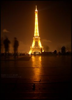 Uhh I'm going here!!! Spectacular Eiffel Tower at Night