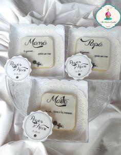 galletas con frase en papel de azúcar para recordatorio boda
