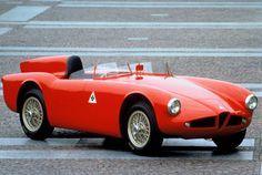 1955 Alfa Romeo 750 Competizione Produced in 2 copies Alfa Romeo Gtv6, Alfa Romeo Cars, Alfa Romeo Giulia, Classic Sports Cars, Classic Cars, Automobile, Alfa Alfa, Alfa Romeo Spider, Roadster