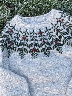 Nordic Pullover, Nordic Sweater, Fair Isle Knitting Patterns, Sweater Knitting Patterns, Christmas Knitting, Christmas Sweaters, Filet Crochet Charts, Neckline Designs, Designer