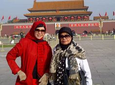 Me n mom @ tiananmen square