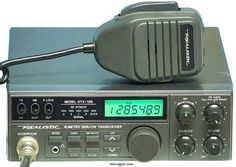 Realistic HTX-100 10-meter SSB/CW transceiver