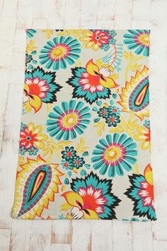 Rug for my laundry room.  I want white upper cabinets and either aqua or yellow walls :)  Very cute!
