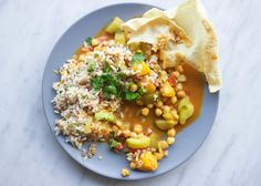 healthy and delicious 10 minute chickpea curry with mango and cucumber! #vegan…