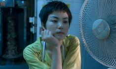 Gallery of Blu-ray screen captures from the 1994 Hong Kong drama movie, Chungking Express. Brigitte Lin, Tony Chiu Wai Leung and Faye Wong. Faye Wong, Chungking Express, Brigitte Lin, 1990s Films, Best Cinematography, Best Director, Aesthetic Beauty, About Time Movie, Film Awards