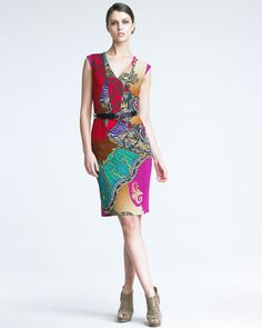 I love the print on this Etro dress!