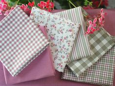 Fat quarter fabric bundle dusky pink and taupe by fabricsandfrills, $28.80 #patchwork