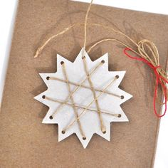 I've created a few new paper Christmas tree decorations this year and just now these cute and easy stars are my favorite! These are stars, but it's jus Old Fashioned Christmas Decorations, Paper Christmas Decorations, Christmas Ornament Crafts, Star Ornament, Snowflake Ornaments, Preschool Christmas, Christmas Crafts For Kids, Xmas Crafts, Christmas Projects