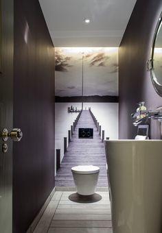 Дизайн интерьера туалета: 85 больших идей для маленького помещения (фото) http://happymodern.ru/interer-tualeta-75-foto-idej/ Фотообои в интерьере туалета помогут визуально расширить пространство