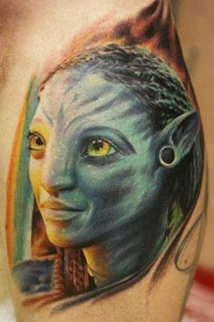 Avatar tattoo by Tomasz Sugar Cukrowski Movie Tattoos, Cartoon Tattoos, Cool Tattoos, Beautiful Tattoos, Tatoos, Tattoo Photos, Portrait Tattoos, Avatar Tattoo, Unusual Tattoo