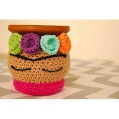 Mate Tejido Crochet Frida Kahlo - $ 220,00