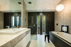 McKinnon - Contemporary - Bathroom - melbourne - by Lime Interiors Pty Ltd