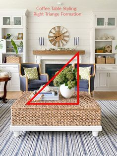 Tried and True Tips How to Style a Coffee Table Coffee Table Decor Living Room, Coffee Table Vignettes, Coffee Table Centerpieces, Coffee Table Styling, Decorating Coffee Tables, Coffee Table Books, Home Living Room, Living Room Decor, How To Decorate Coffee Table