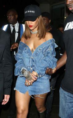 """rihannainfinity: """"August 19: Rihanna out in London """""""