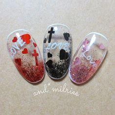 ネイル夜更かし(●´ω`●)ゞ 手が止まらなかった(´・ω・`)✨ ウォーターカプセル風💕 #nail #nailist #manicure #gel #gelnail #follow #followme #love #like #hand #foot #andmilries #minne #creema #handmade #instafollow #ネイル #ネイリスト #フォロー #フォローミー #いいね #ウォーターカプセル #ホロ #キラキラ #ハート #ホログラムネイル #ラメ #heart #十字架 #グラデーション #シースルー #シンプル #ハート #オールシーズン #パーティー #春 #夏 #ピンク #ブラック #ラメ #ジェルネイル #レッド #ハンド #ミディアム #チップ #and*milries #ネイルブック