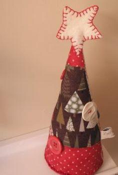 Joart - Flores: Natal - PAP: pequenas àrvores de natal para todos os gostos, habilidades e materiais - fuxicos, feltros, tecidos, papeis par...