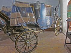 One of the last royal coaches made in France, Château de Chambord