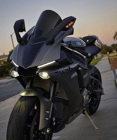 mentions J'aime, 10 commentaires – Motorcycle 🏍 Bikes photos vids (… – Vehicles is art