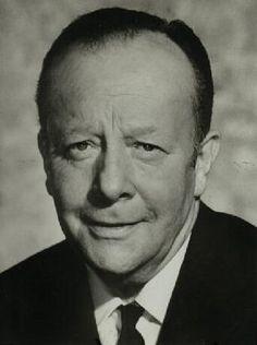 Erik Ode (* 6. November 1910 in Berlin; † 19. Juli 1983 in Kreuth-Weißach) war ein deutscher Schauspieler, Regisseur und Synchronsprecher.