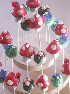 Enchanted Forest Cake Pops by Cake Pop Creations, via Flickr