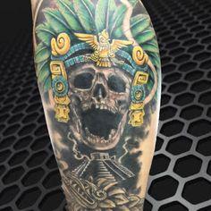 Tatuaje ceremonial de Mictlantecutli señor de inframundo, danza azteca y temazcales, arte,  Hecho por Osvaldo Castillo. Estudio Tatuajes Ofrenda de Sangre, Ciudad de México.