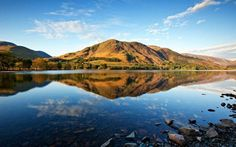 The Picturesque Lake District National Park falls in Lake District. Lake District is famous for its lakes, lush forests and huge mountains. The Lake District is Lake District, Cool Places To Visit, Places To Go, William Wordsworth, Cumbria, Days Out, Staycation, Brighton, Cottages