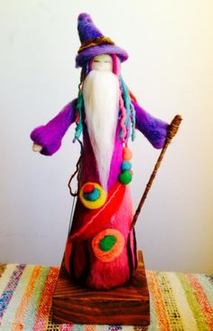 Make a Belgrade doll Wet Felting, Needle Felting, Felt Crafts Patterns, Felt Fairy, Felt Dolls, Kids Playing, Wool Felt, Creative, Handmade